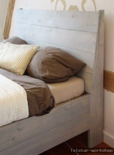 betten bett vintage shabby natural stil massiv holz ein designerst ck von thompsontelstar. Black Bedroom Furniture Sets. Home Design Ideas