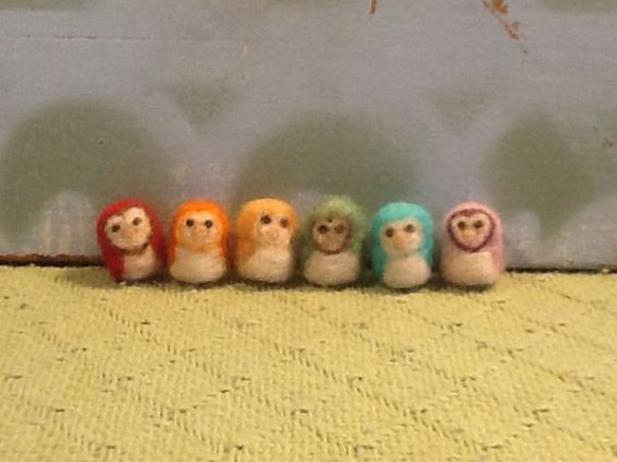 SAVE on a Set of 4 Mini Rainbow Felted Owl by FeltedFamilies