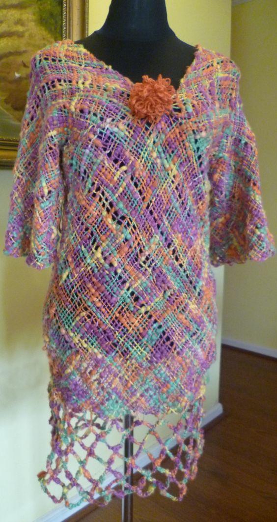 Vestido con terminaciones a crochet, realizado por alumna del taller