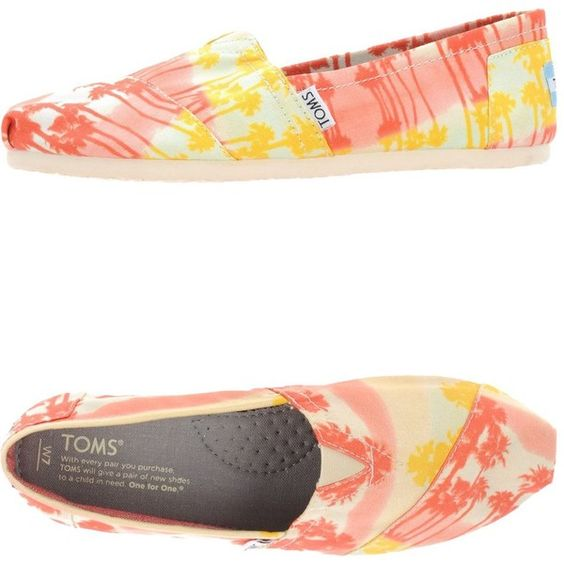 Toms Moccasins ($93) ❤ liked on Polyvore featuring shoes, loafers, orange,