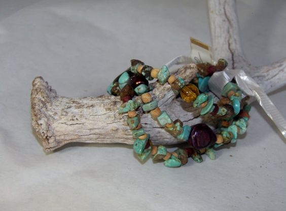 3 strand stretchable tourquoise chip bracelet by CJsVintageCowgirl