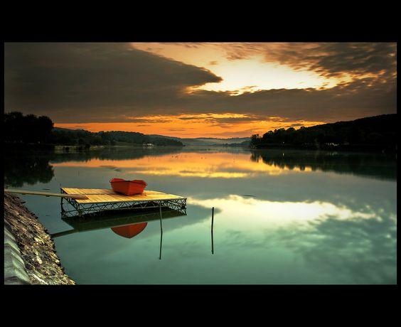 Awakening to the lake