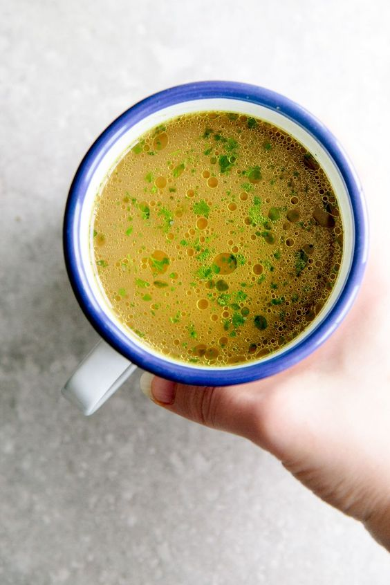 Gut-Healing Vegetable Broth (And Why It's Better Than Bone Broth) vegan, gluten-free & paleo. via @wallfloweraimee