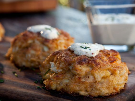 Get this all-star, easy-to-follow Baked Crabcakes with Old Bay Remoulade recipe from Guy Fieri.