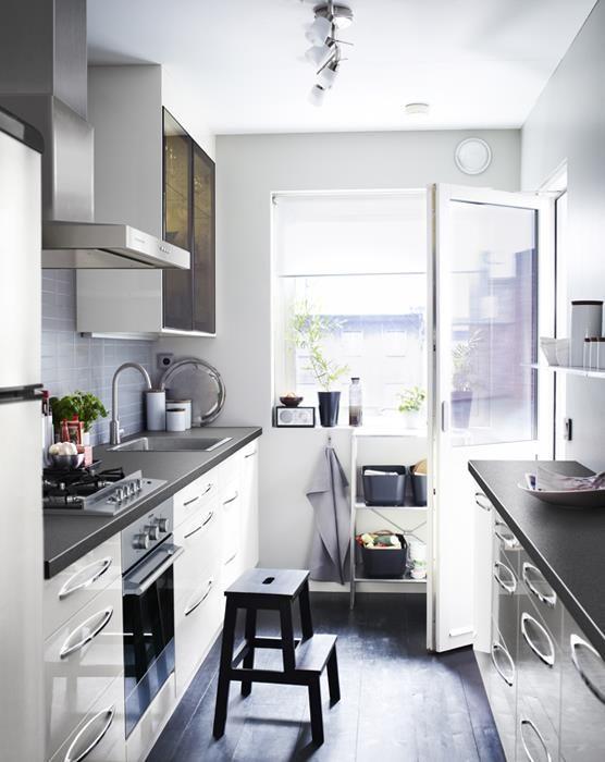 Soluciones para cocinas estrechas ikea casa for Cocinas estrechas con mesa