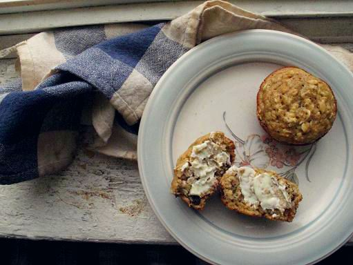 spiced pear and oat muffins