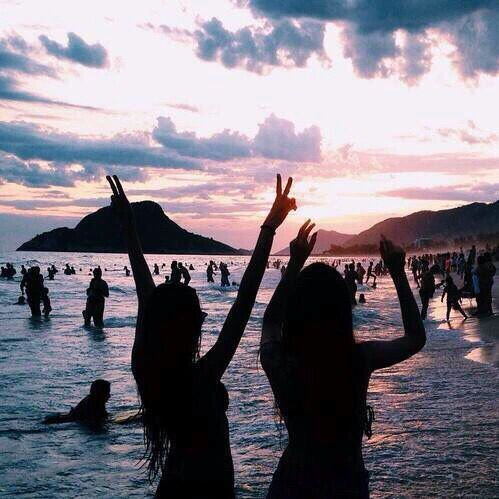 hippie life at the beach and sunsets on pinterest