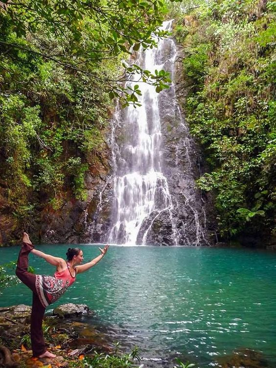 An adventure and yoga packed 4-night retreat in the beautiful-English speaking- Caribbean countryside of Belize.  Belize is the best kept secret destination in the Caribbean which means: undisturbed, authentic and breathtaking beauty. We want to share and to offer you a little piece of this magical place combined with the uplifting experience of a yoga holiday.