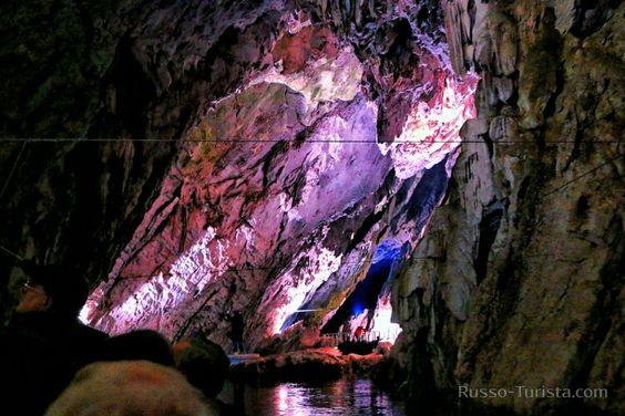 Пещера Пертоза - каменный храм у подножья гор Альбурни, Салерно, Италия. #италия #пещерапертоза #пертоза #экскурсии