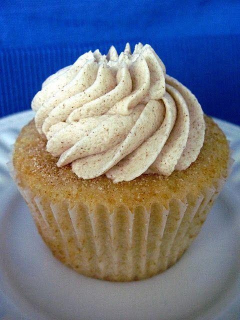 Snickerdoodle Cupcakes with Cinnamon Vanilla Buttercream Frosting!