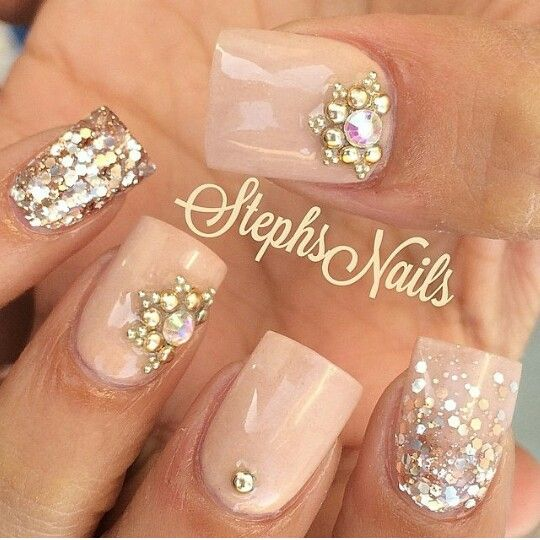 Nude and diamond nails!: