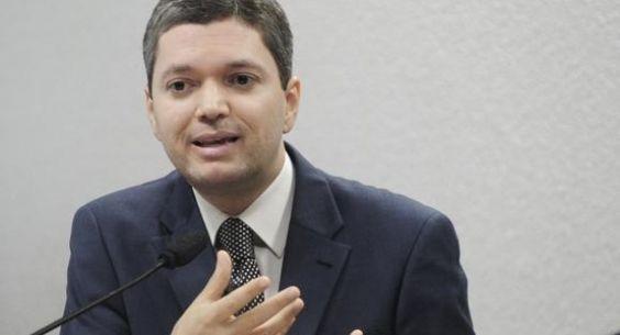 Fabiano Silveira, Ministro da Transparência, pede demissão do cargo