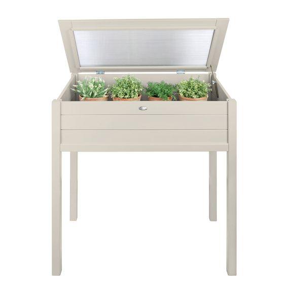 Der Anzuchkasten hoch von Esschert Design ist ideal für die Anzucht von Gemüse und Kräutern.