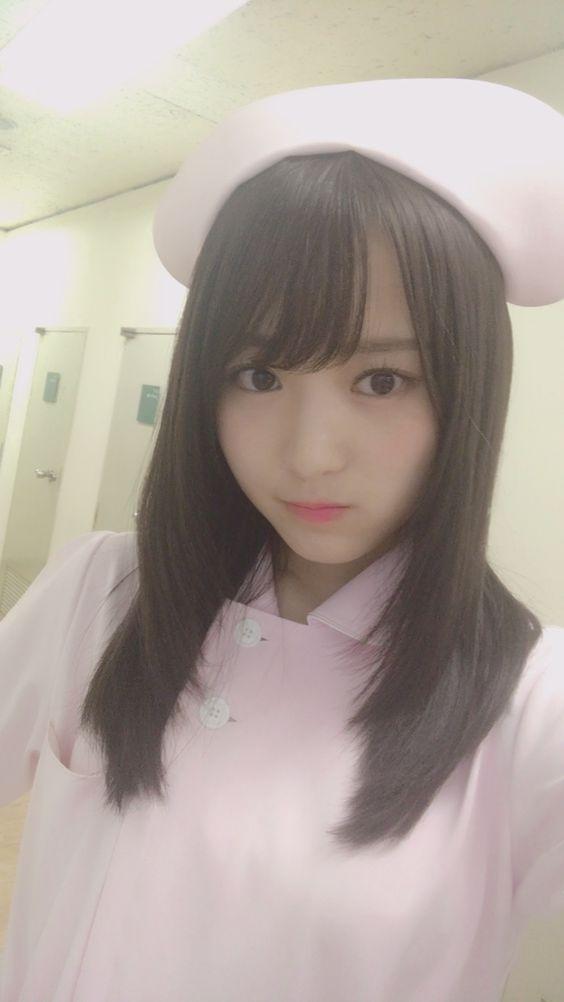 ナースコスプレの菅井友香