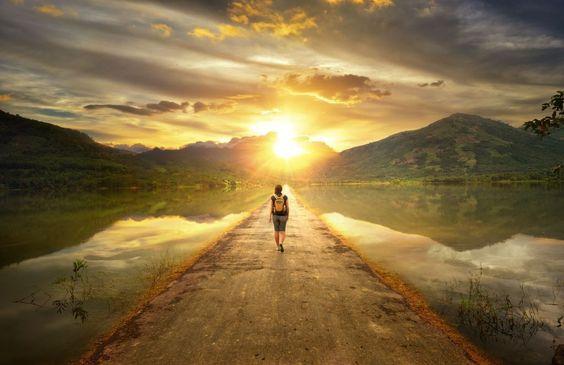 Aki tökéletes úton jár, szolgálhat engem