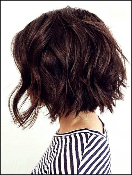 15 Attraktvisten Kurze Gewellten Frisuren Von 2019 2020 Trend Bob Frisuren 2019 Bob Frisur Wellen Haarschnitt Frisuren Bob Feines Haar