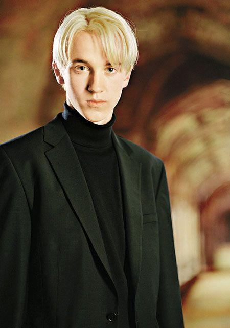Harry Potter Day 5 - Favorite Male Character: Draco Malfoy. I feel like there's more to him than he lets on...I find him fascinating. And sexy.
