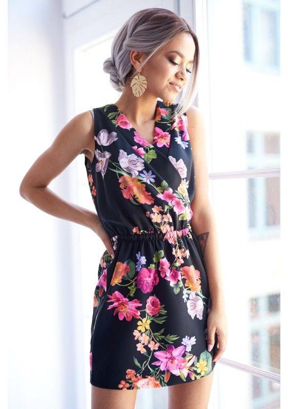 Kopertowa Sukienka W Kwiaty Na Wiosne High Neck Dress Dresses Fashion