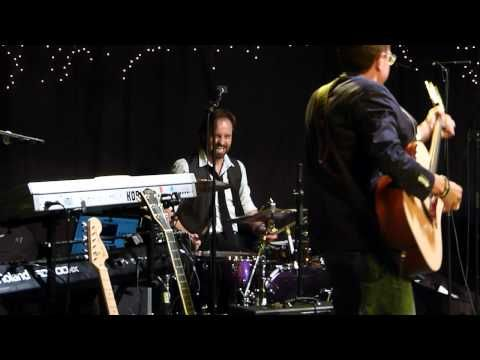 Alfie Boe Jamming session & Drumming Live at Gawsworth Hall 03.08.12 HD