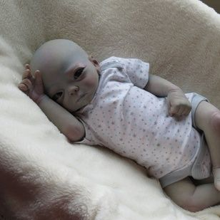 Resultado de imagem para greys aliens