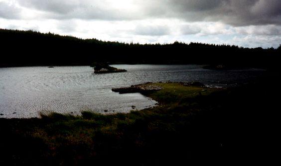 Deirdre Del Lago  Un altro racconto ispirato dalla mitologia celtica e da uno dei personaggi, Deirdre.  http://italish.eu/news/deirdre-del-lago/