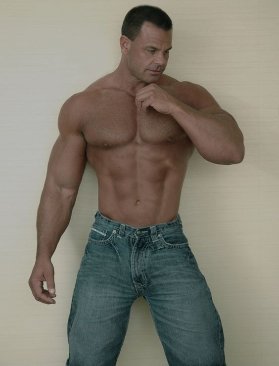 single gay men in louin Find and connect with other men in your area and from all over the world register for free and join the fastest growing gay dating site on the net.