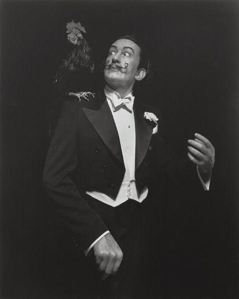 """Salvador Dali: """"Jeder sollte Schrullen haben. Schrullen sind ein hervorragender Schutz gegen Vermassung."""""""