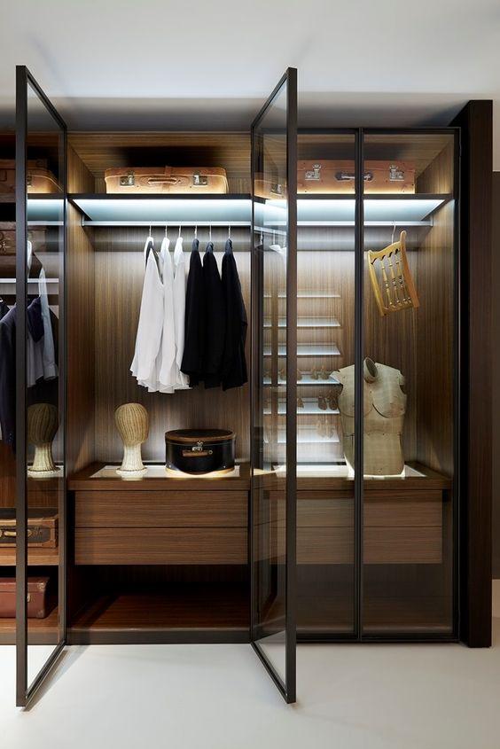 Pinspiration 35 masculine closets dressing rooms for Closet design los angeles