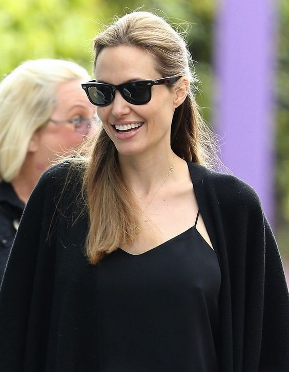 ray ban rb2140 original wayfarer sunglasses  angelina jolie rocking ray ban rb2140 original wayfarer sunglasses in sydney, australia http: