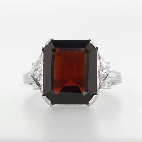 Geometrical 5.04ct t.w. Art Deco Emerald Cut Garnet & Diamond Ring 14k | Antique & Estate Jewelry | Jewelry Finds