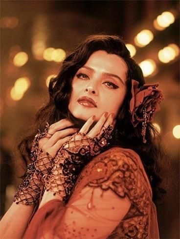 Pictures that prove Rekha is a timeless ...