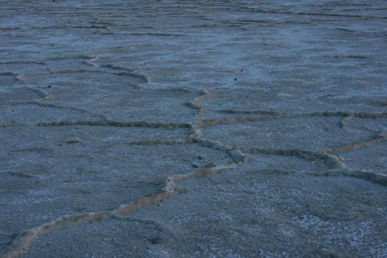Morning light on the Bonneville Salt Flats - Photo by Amy Laurel Hegy @A Tale of Two Tramps