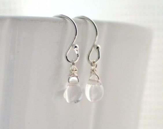 Waterdrop earrings $16