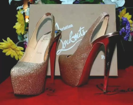 Christian Louboutin Dafsling 160 Glitter Slingback Eu 39 Us 8.5 Gold Pumps #ChristianLouboutin #Slingbacks