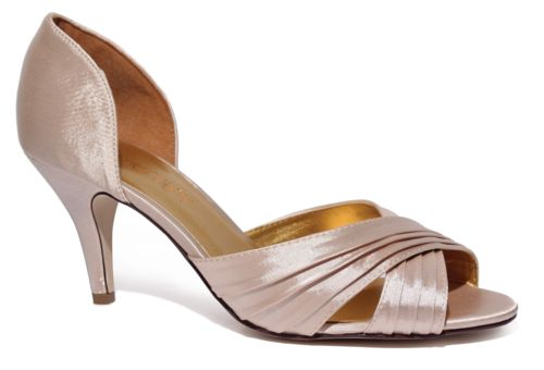 Pretty in a champagne colour the Brooke heel is a great classic bridal heel