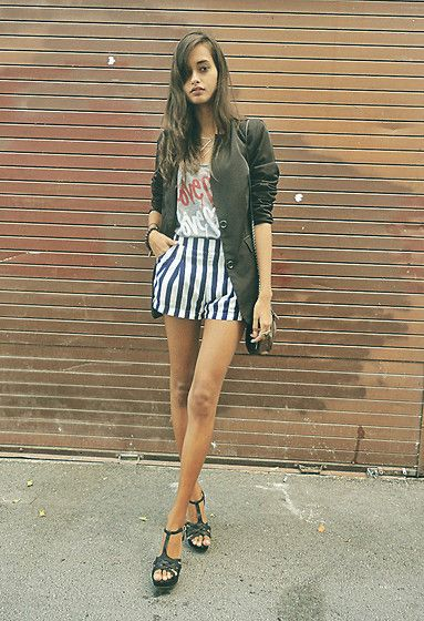 Striped love (by Gizele Oliveira) http://lookbook.nu/look/4751465-striped-love