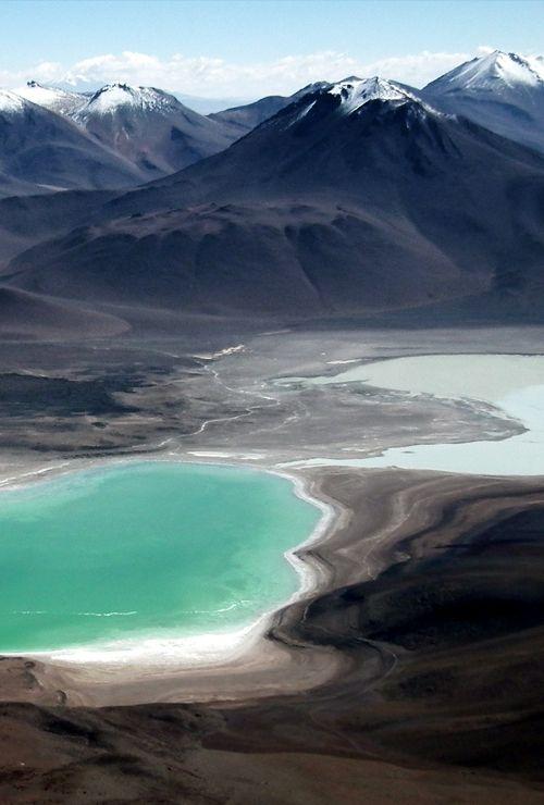 Chacaltaya Mountain - Bolivien wird von zwei großen und weit auseinander liegenden Ketten der Anden durchzogen, deren Höhe bis über 6500 m reicht.