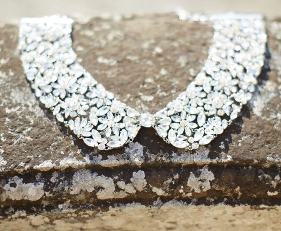 Carolina is a very sophisticated jeweled collar handmade in Italy