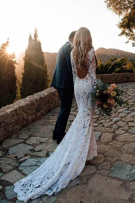 Long Sleeves V-Neck Lace Backless Wedding Dress