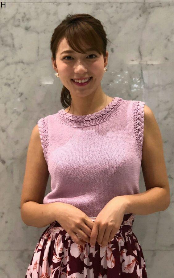 阿部華也子ピンクの指し色で可愛いファッション