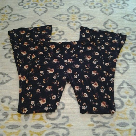 """Forever 21 High waisted bell bottom pants Size large! Fits 28""""-30"""" waist best! High waisted fit and very stretchy cotton material! Uber soft! Forever 21 Pants"""