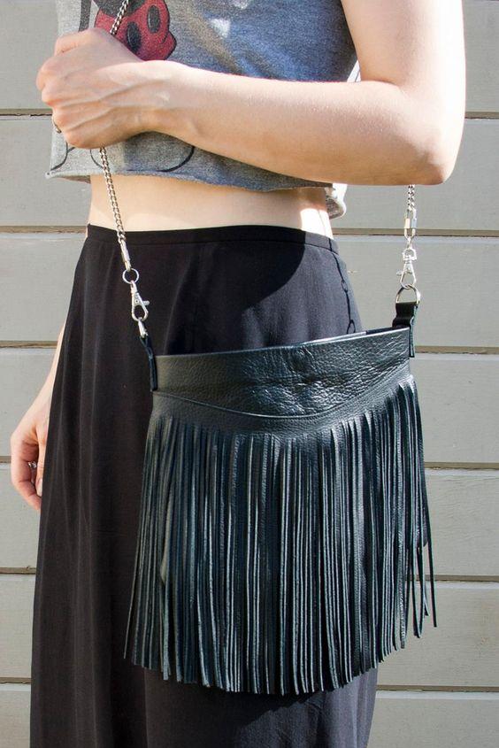 DIY Bag & Tote : DIY Fringed Leather Bag