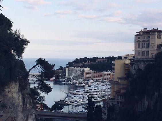 #PortHercule Ô Monaco, ô Monaco, Chez toi il fait toujours chaud, Ô Monaco, ô Monaco, Ton rocher est le plus beau, Ô Monaco, ô Monaco, On te retrouve aussi au bistro! by moira_and from #Montecarlo #Monaco