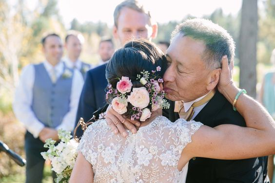 proud father giving his daughter away at her wedding #BHLDN