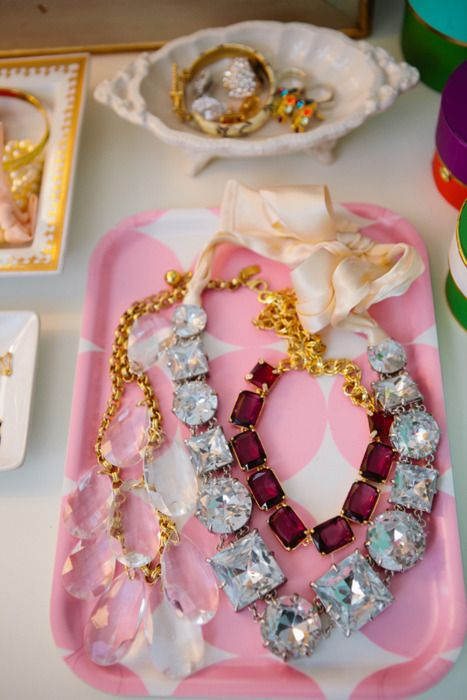 : Statement Necklaces, Pink Tray, Jewelry Displays, Jewelry Trays, Storage Idea, Costume Jewelry, Dressing Room, Chunky Necklaces