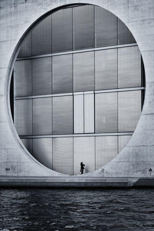 definitelyoriginalurl: Circle (by 96dpi)