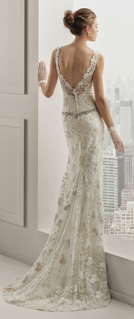 newest wedding dress collection by Spanish bridal fashion powerhouse