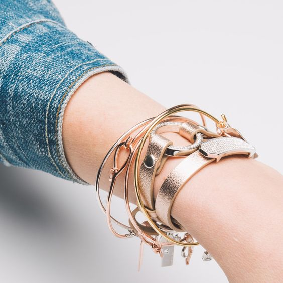 Fri-nally!! We hope your arm party styled and ready for a fun Friday night!