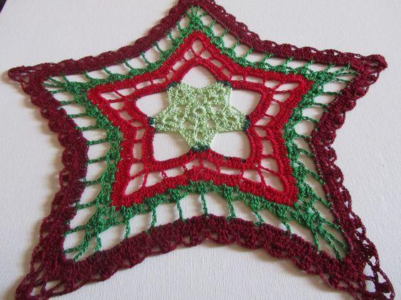 Cristmas Star Crochet Doily - Christmas decoration - Green Red and Burgundy - Christmas Gift - Homemaker gift - Hostess gift - Heirloom by ElenisCrochet on Etsy