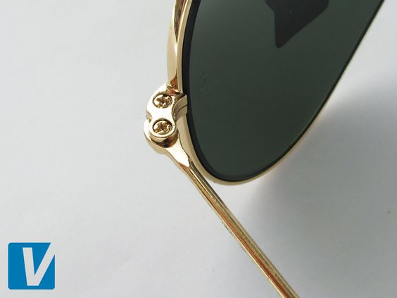 ray ban glasses screw  ray ban aviator temple hinges are attached with phillips screw head (crossed) screws